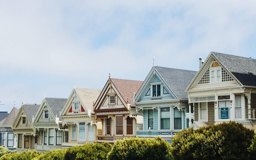 Should You Buy a New Home or Invest in a Vancouver Home Build?