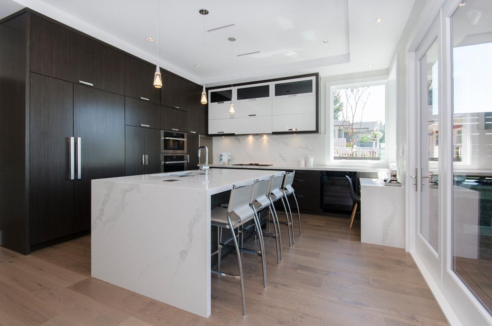 What Makes a Luxury Kitchen Renovation in Vancouver, Feel Luxurious?